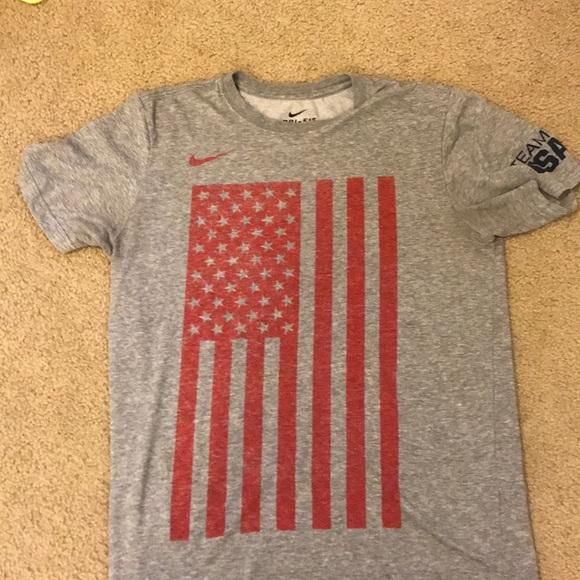 5d1a20d7 Gray bike dri fit team USA flag T-shirt. M_5c71f26d9fe486866a1c8c2e. Other  Shirts you may like. Nike swoosh vintage tee
